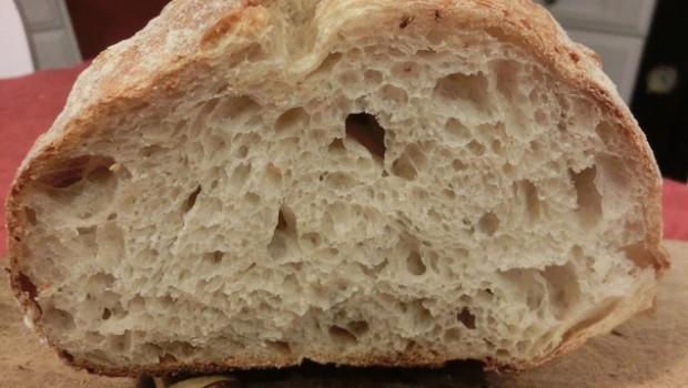 Miga del pan con tritordeum escaldado